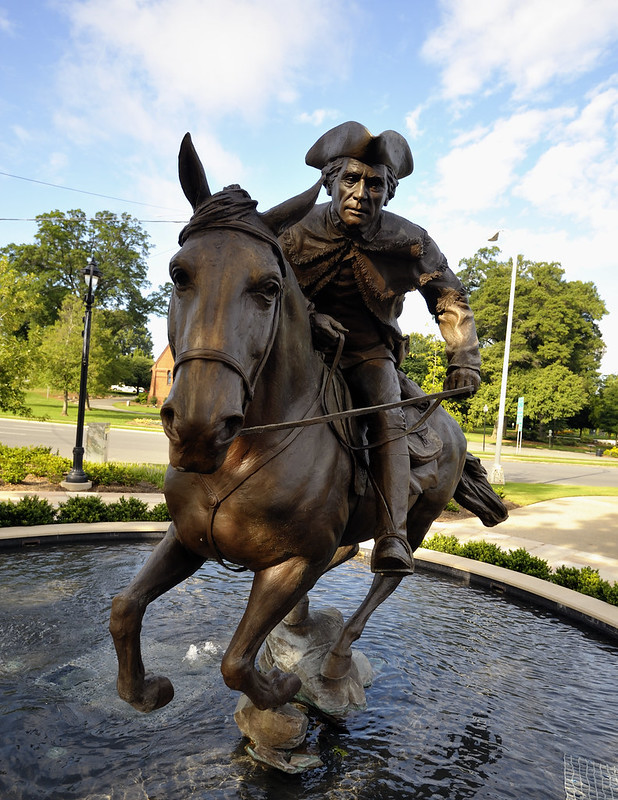 Captain Jack statue on South Kings Drive