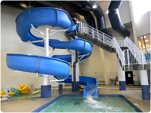 The three-story slide at Ray's Splash Planet